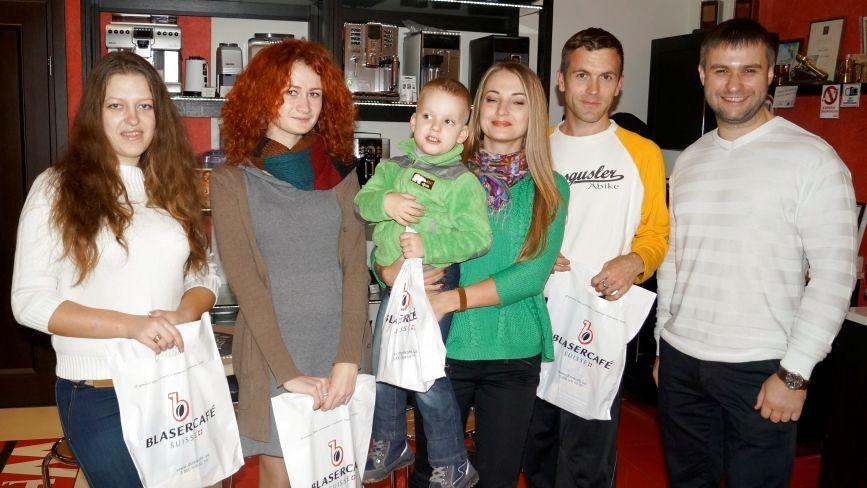 «Дім кави» нагороджував переможців конкурсу «Селфі з вранішньою кавою»
