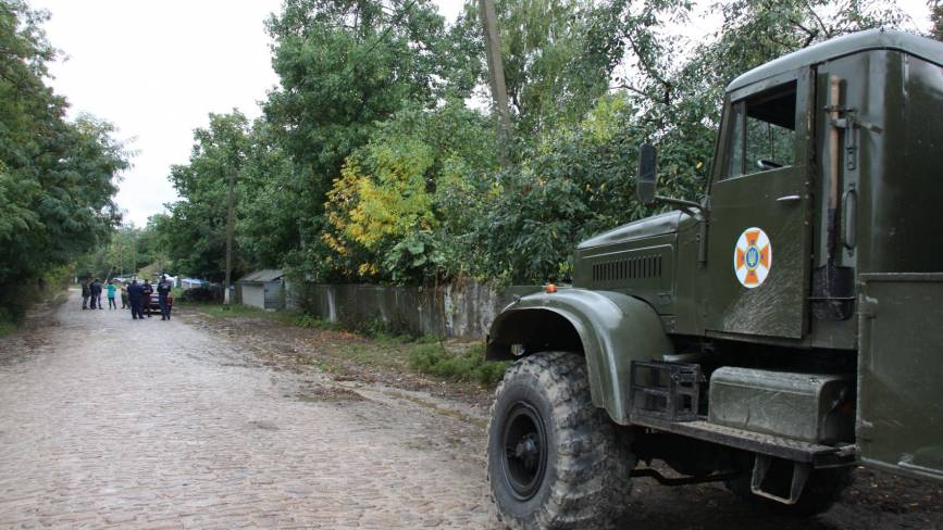 На Шаргородщині підірвали 250-кілограмову авіаційну бомбу, яку знайшли на городі