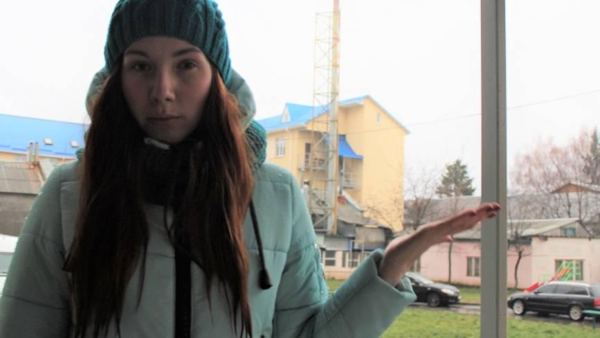 У Медмістечку скаржаться на чорний дим: «Палять гуму тут постійно»