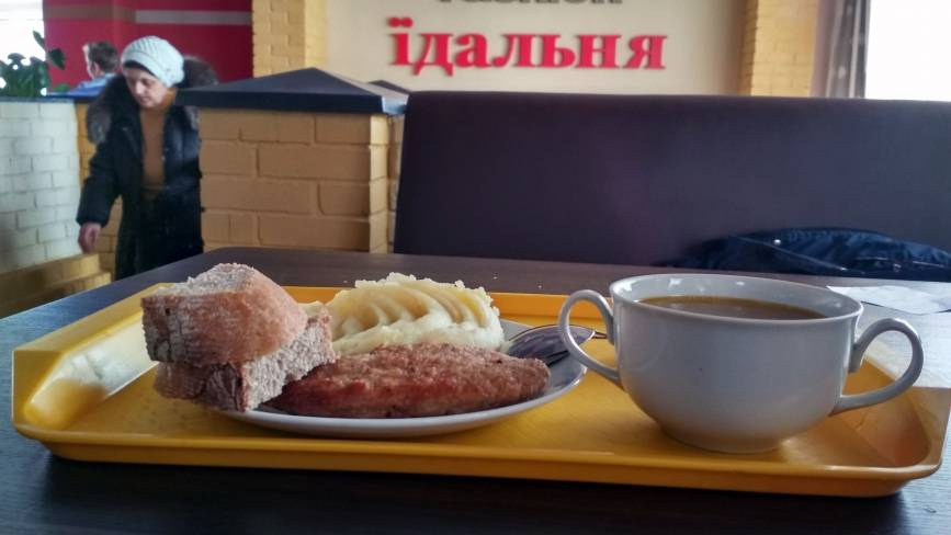 Рейд по їдальнях: Як годують студентів вінницького медуніверситету