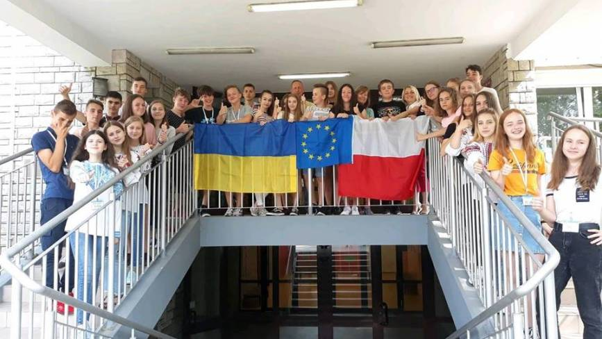 Учні сільської школи відвідали Варшаву: уперше виграли фінансування на польсько-український проект