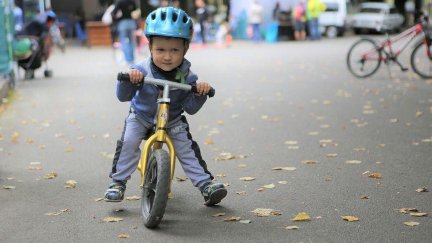 День міста в стилі вело! У Центральному парку триває «Тур де парк»
