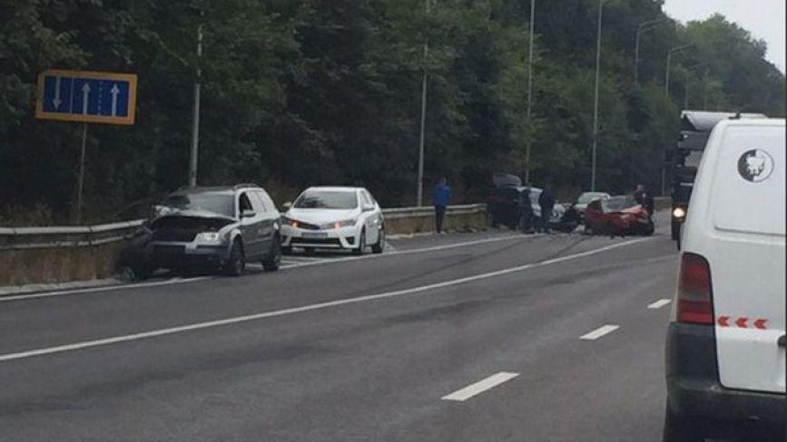 ДТП біля «Козацького стану»: водій Honda на зустрічній врізався у дві іномарки