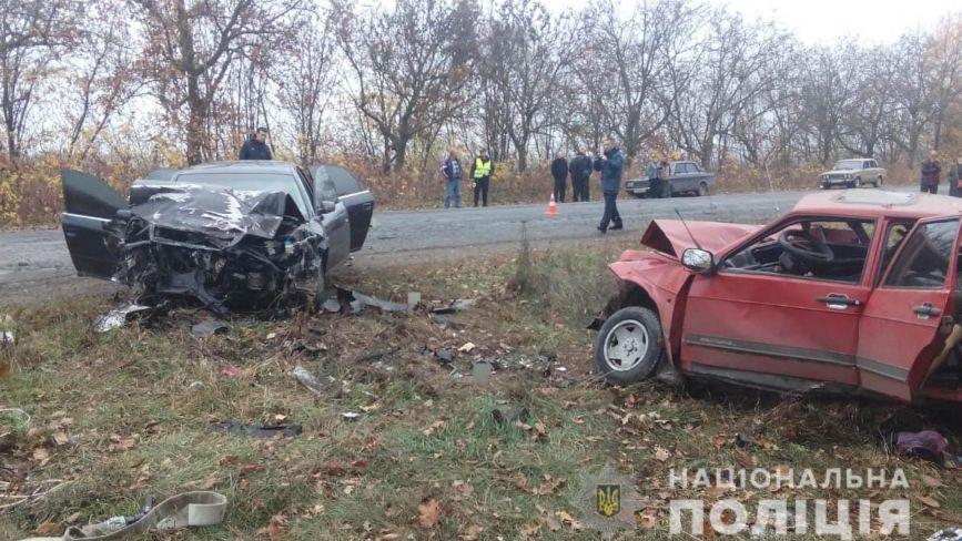 Смертельна ДТП на Ямпільщині: під час обгону зіткнулись Audi та ВАЗ