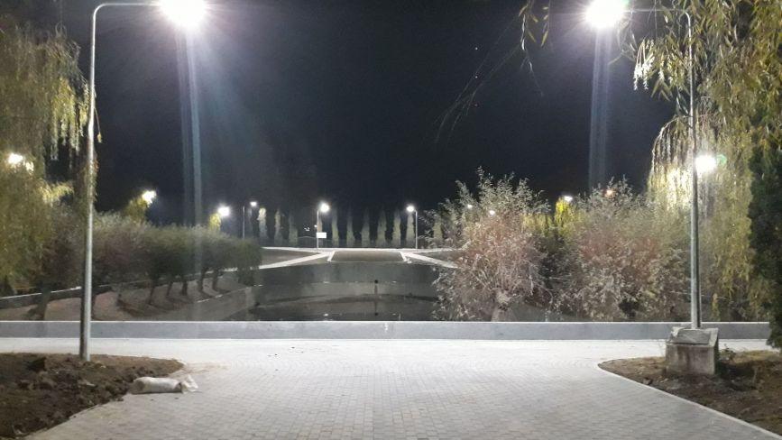 Завершують ремонт скверу з озером біля Лісопарку. На це витратили майже 8 мільйонів гривень