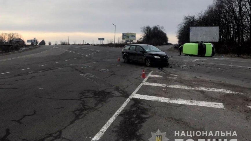 Перекинуті авто та ДТП на «зебрі». Минулої доби в аваріях постраждало 4 людини