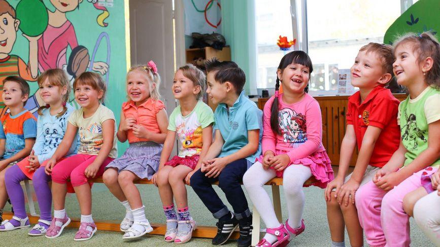 За дітей у приватних дитсадках платитимуть з міського бюджету. Як і коли це буде?