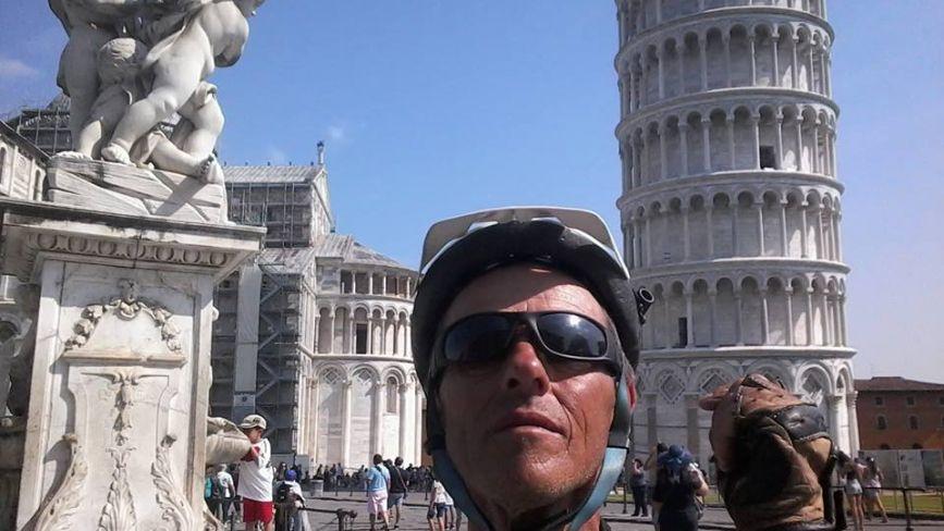 Вінничанин готується їхати на велосипеді у Скандинавію. Уже крутив педалі у 35 країнах Європи