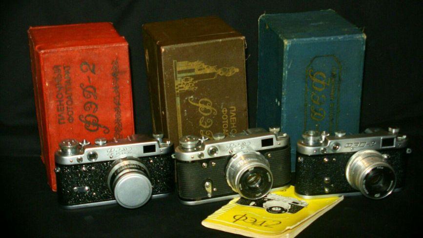 Божевільні колекціонери: як люди збирають камери, книги, листівки та навіть цукор