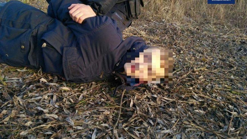 Патрульні роти ТОР на Юності зловили юнака з підозрілими пакетиками