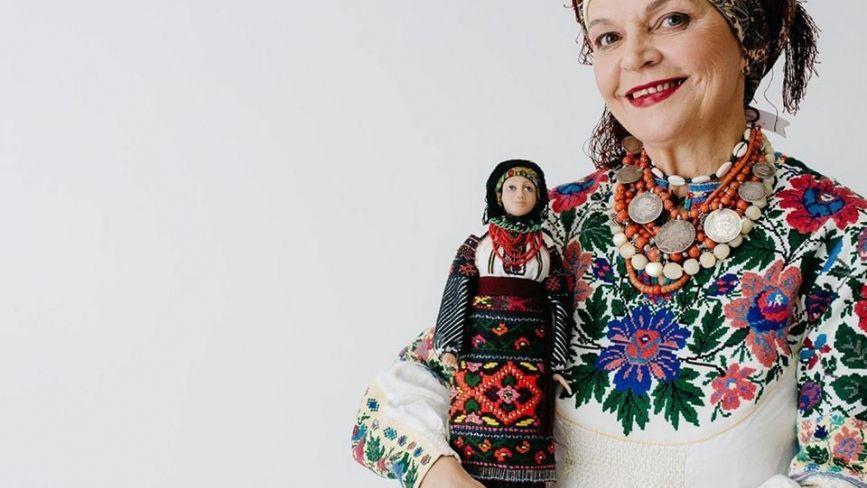 Ляльки з кукурудзи та соломи. У Вінниці діє виставка унікальних виробів
