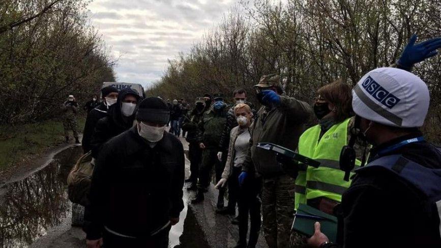 Обмін «всіх на всіх»: Україна повертає 19 полонених, яких утримували «ЛНР/ДНР»