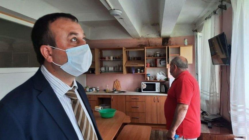 Голова ОДА Сергій Борзов хоче перевезти медиків «швидкої» в будівлю на Арабея