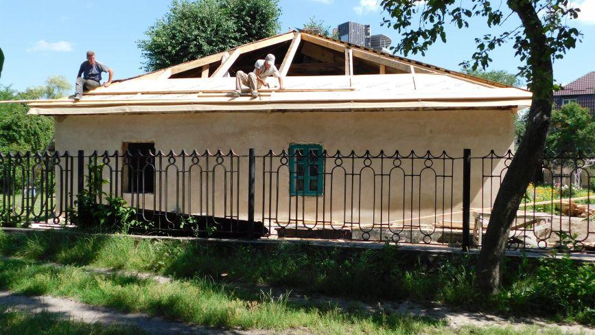 Реставрація музею Коцюбинського: будинок матиме автентичний вигляд