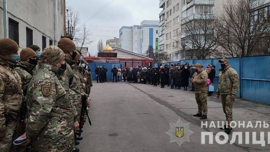 Майже сорок вінницьких поліцейських вирушили у зону ООС