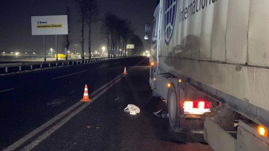 У Вінницькому районі під колесами вантажівки DAF загинув 35-річний пішохід