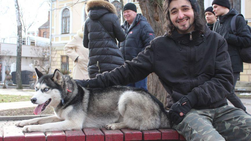 В очікуванні тепла: фоторепортаж з останнього зимового дня у Вінниці