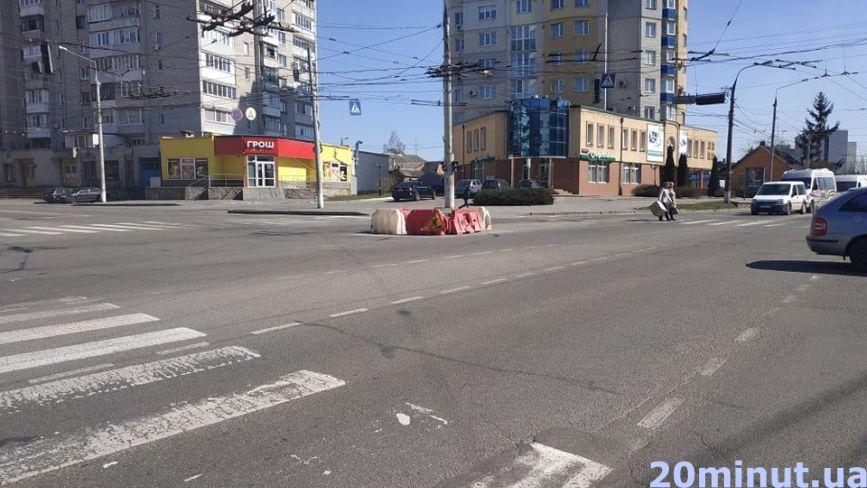 На Київській та Янгеля обмежать рух. Де ще нині не можна проїхати?
