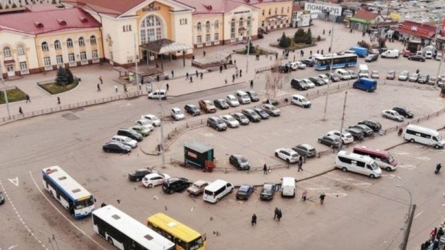 Привокзальну площу хочуть переробити в транспортний вузол. Деталі та візуалізація