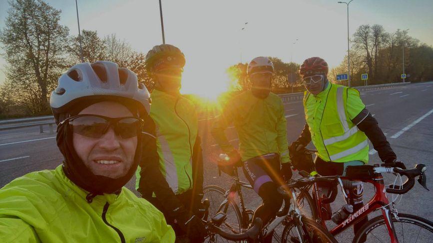 Сотні кілометрів за добу: у Вінниці зустріли фінішерів велозаїзду «Fleches nationales Ukraine»