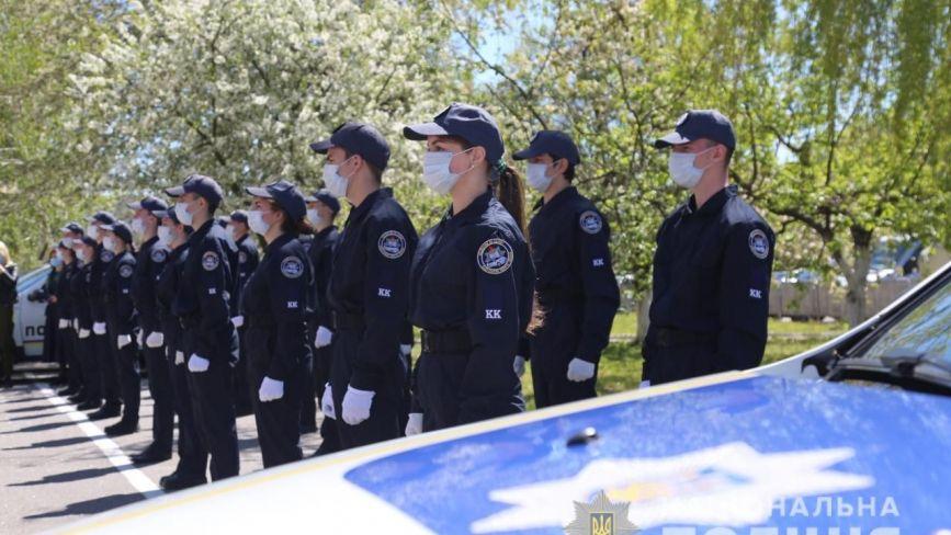 У Вінниці 36 юнаків та дівчат дали клятву кадета та засадили алею слави