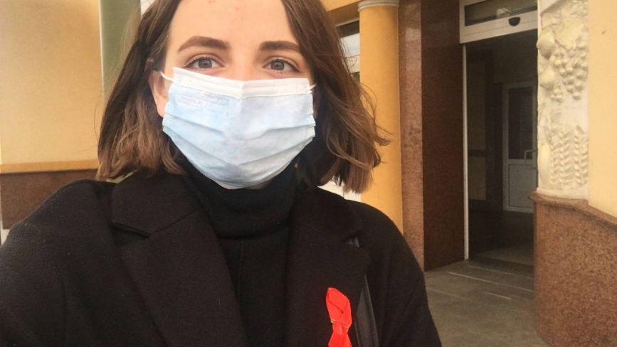 Крапля крові та 15 хвилин. Ми безоплатно перевірилися на ВІЛ і як це можете зробити ви