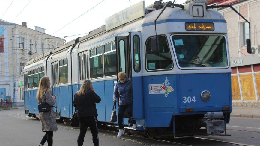 Нова ціна проїзду в транспорті Вінниці зараз є «таємницею»