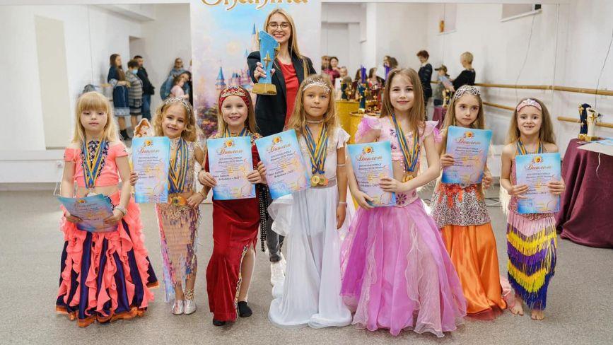 Станцювали 134 танці, або Як юні вінничани підкорили міжнародні змагання