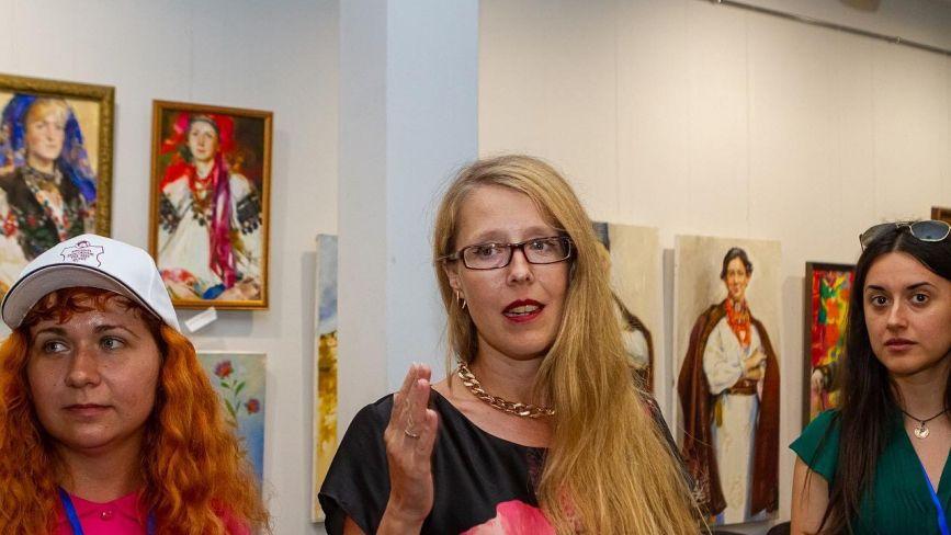Одеситка малює Поділля: у Вінниці відкрилася виставка художниці Катерини Білетіної
