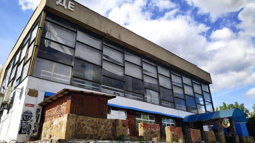 Повернення вінницького кінотеатру «Росія». Що тут було і що пропонують робити далі?