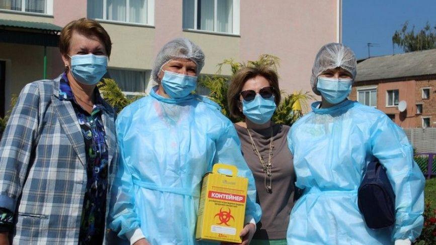 На Літинщині 75% освітян отримали щеплення проти коронавірусу