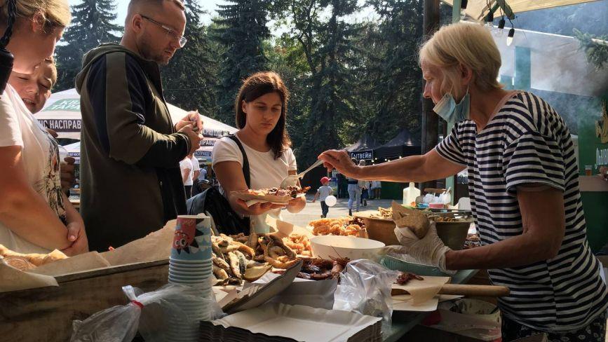 ТОП-5 смаколиків, популярних на вінницькому Food Fest, та їхня вартість
