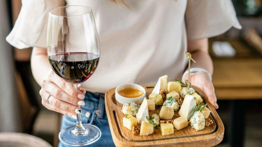 Італійська моцарела, авторське вино й королівська креветка. ТОП-3 делікатеси з Вінницької області