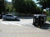 На перехресті Галицького і Амосова перевернувся автомобіль