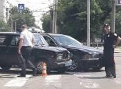 У Вінниці стукнулися поліцейська «сімка» та авто на єврономерах. Є постраждалі