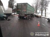 У Вінницькому районі зіткнулися фура та легковик. Четверо людей у лікарні