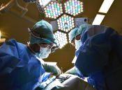 Фейковий рак і двокілограмова пухлина: незвичайні операції, які робили у «пироговці»