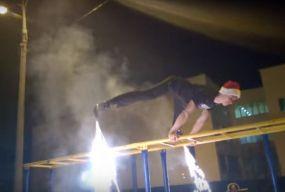 """Вінничани привітали """"З Новим Роком"""" на турніках та ракетами-ногами"""