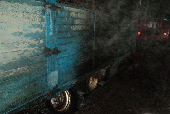 На Вінниччині рятувальники від'єднали причіп з палаючої вантажівки «МАN»