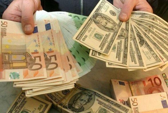 Курс валют від НБУ та за скільки сьогодні продають долари у Вінниці