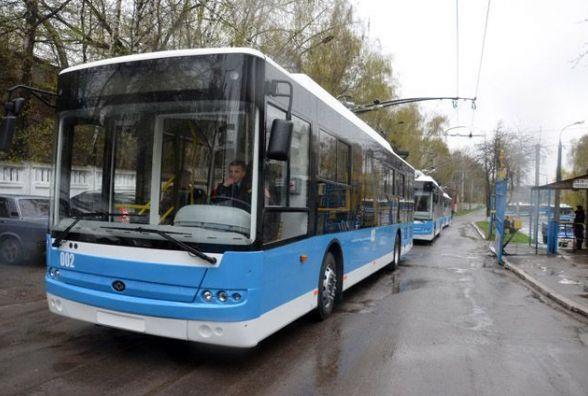 «Важко дістатися до померлих родичів». Вінничани хочуть тролейбус до моргу