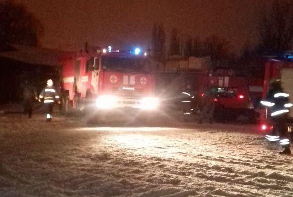 Масштабна пожежа у Вінниці: згоріли промислово-складські приміщення
