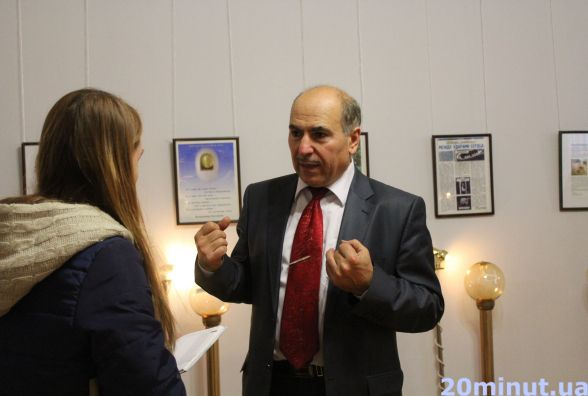 «Крихітка на мільйон»: у Вінниці експонували всесвітньовідому підковану блоху
