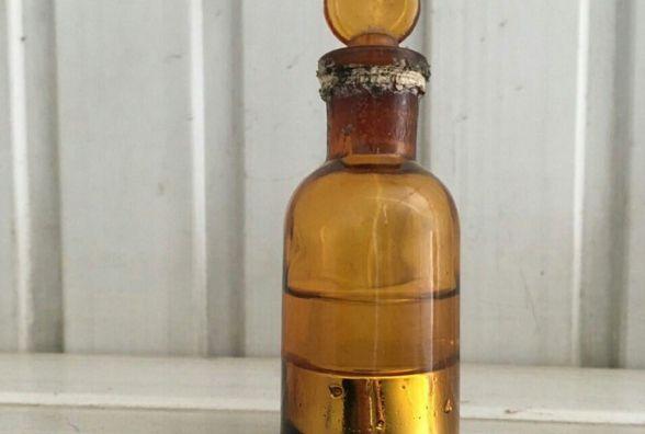 У гаражі на Василя Порика знайшли пляшку із кілограмом ртуті