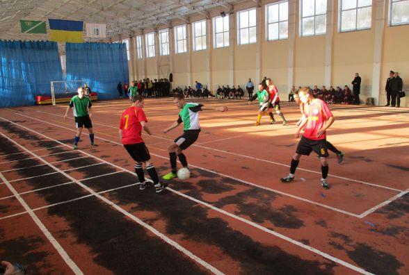 Вінницькі рятувальники стали другими у Всеукраїнських зональних змаганнях з футзалу
