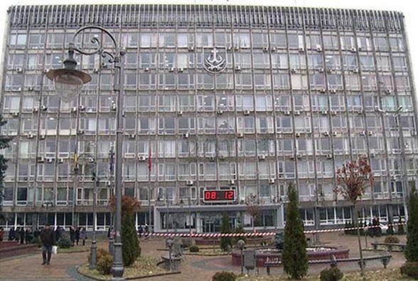 «У Вінниці на сесії міської ради бійка, тітушки порвали плакати активістів» - Гайда