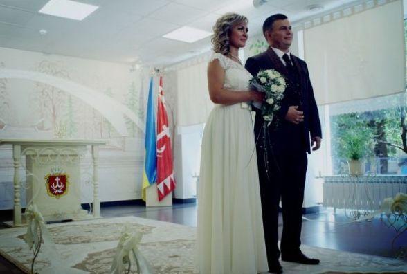 Весілля мовою німих та адміністратора на дім обіцяють прозорі офіси в 2017 році