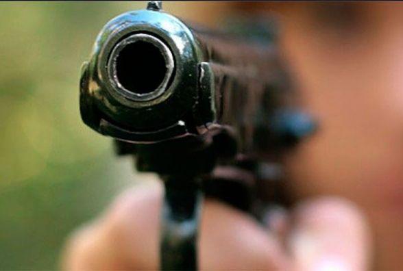 У Калинівці підлітку прострелили око. Сталось це на території технікуму