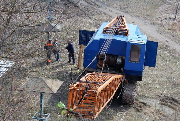 Для ремонту Київського мосту облаштовувають будмайданчик