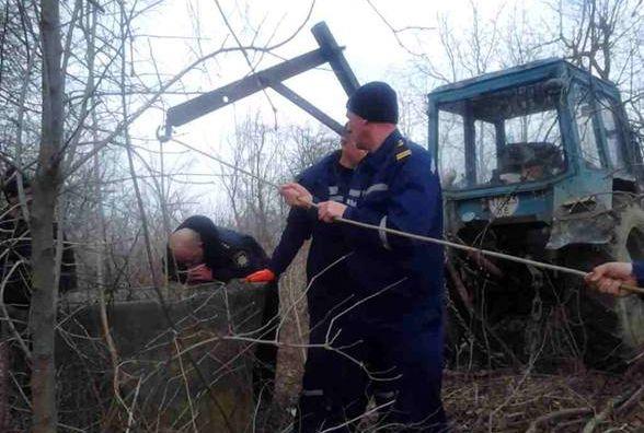 У Барському районі за невідомих обставин у колодязі втопився чоловік